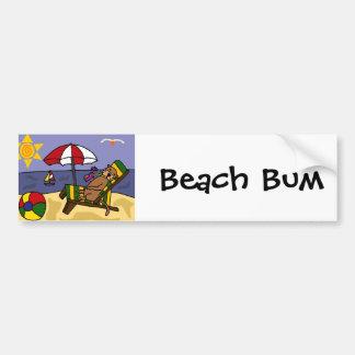Nutria de mar divertida en la playa pegatina para auto