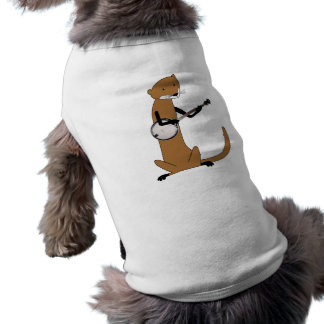Nutria que toca el banjo camisa de perro