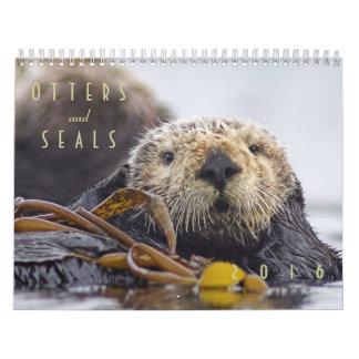 Nutrias de mar y calendario de pared de los sellos