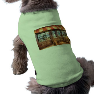 NY - calle de 77 aguas - tienda de chucherías Camiseta De Perrito