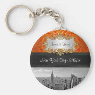 NY City Skyline BW 111 Red Gold Paisley Key Chain Basic Round Button Keychain