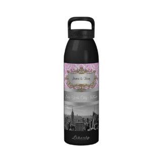 NY City Skyline BW D4P Pink White Damask Drinking Bottles