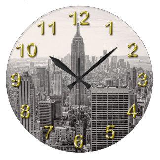 NY City Skyline Empire State Building, WTC BW Wallclock
