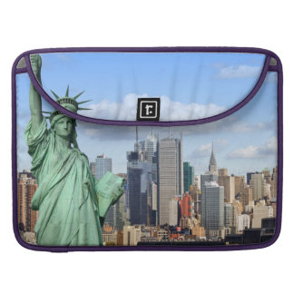 NY LIBERTY 1 MacBook PRO SLEEVE