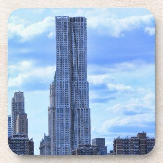 NY por el St de Gehry/8 piceas del East River A1 Posavasos De Bebida