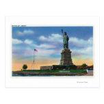 NYC, nuevo YorkView de la estatua de la libertad Tarjetas Postales