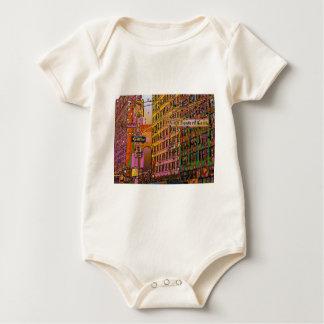 NYC psicodélico: Edificio cuadrado de la unión, Body De Bebé