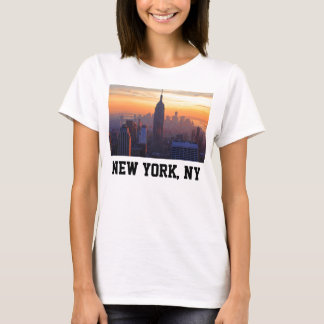 NYC Skyline: Empire State Building Orange Sunset 2 T-Shirt