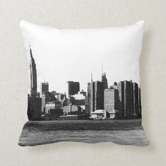 NYC Skyline ESB, East River View 001 Throw Pillow