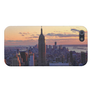 NYC Skyline just before sunset iPhone 5 Case