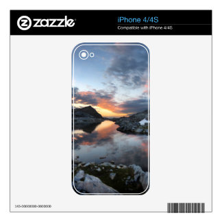 Nydiver Lakes Sunrise - Ansel Adams Wilderness iPhone 4 Decal