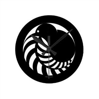 NZ Kiwi / Silver Fern Emblem Round Clock