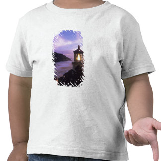 O costa de Oregon faro principal de Heceta ence Camiseta