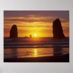 O, costa de Oregon, playa del cañón, seastacks en Impresiones