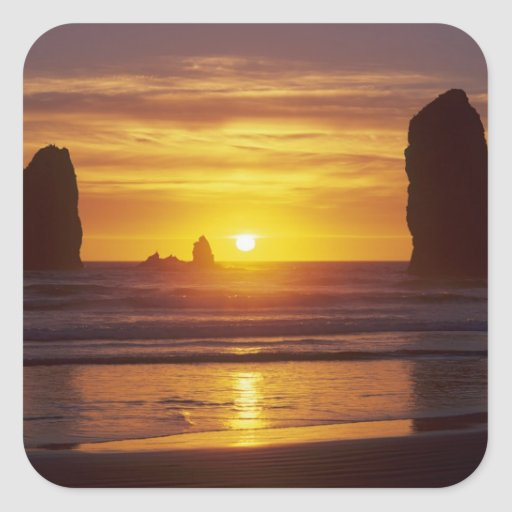 O, costa de Oregon, playa del cañón, seastacks en Pegatina Cuadrada