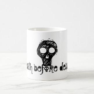 o, death before decaf!, hw designs 11 oz magic heat Color-Changing coffee mug