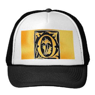 O-O letter Open heart for love Trucker Hat