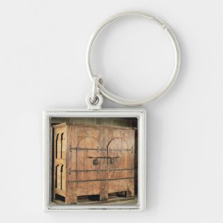Oak chest of drawers keychain