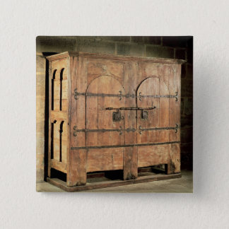Oak chest of drawers pinback button