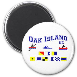 OAK ISLAND NC SIG F LAG 2 INCH ROUND MAGNET