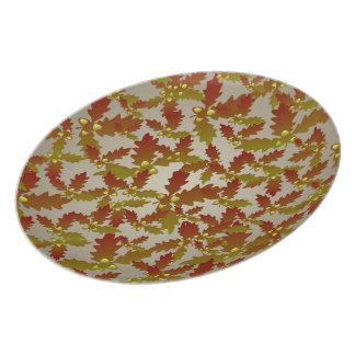 Oak Leaf and Acorn Pattern Plate