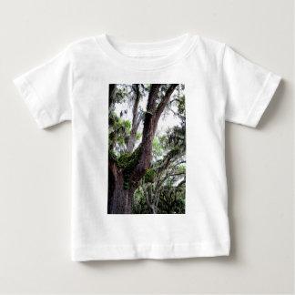 oak & mossGeorgia Live Oaks And Spanish Moss Baby T-Shirt