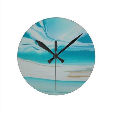 Oasis Round Clock
