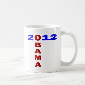 Obama 2010 formación de T azul y rojo Tazas