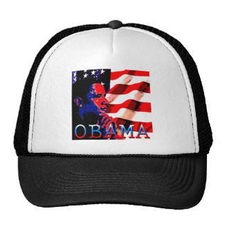 Obama con la bandera americana gorro de camionero