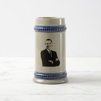 Obama con un lazo de la bandera americana jarra de cerveza