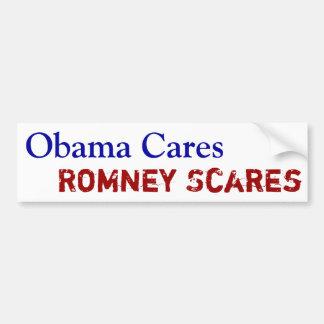 Obama cuida los sustos de Romney Pegatina De Parachoque