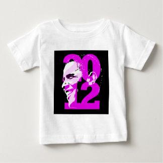 obama en la camisa oscura 2 de la mujer