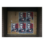 Obama firma adentro una ventana subida de un cerra póster