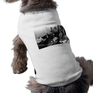 Obama In White House Situation Room Pet T Shirt