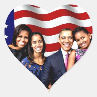 Obama, sí nosotros Can_ Pegatina En Forma De Corazón