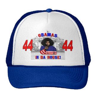Obamas en gorra de la casa de DA