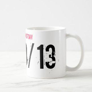 OBAMAS LAST DAY, 1/20/13 CLASSIC WHITE COFFEE MUG