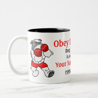 Obedezca la taza personalizada amo del adiestrador