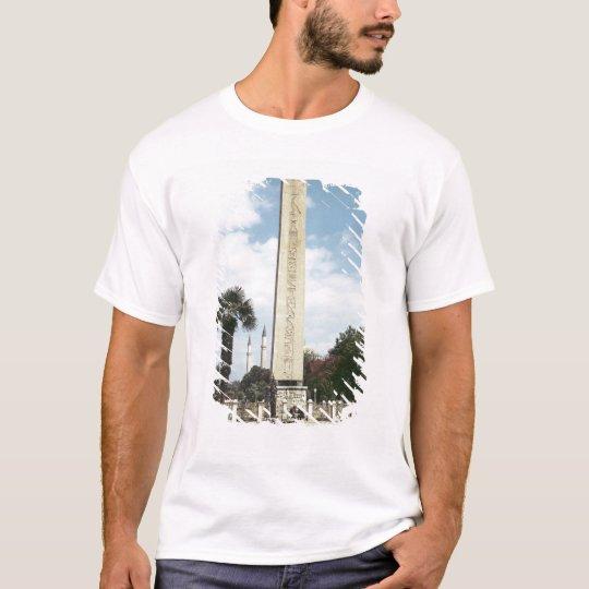 Obelisk of Theodosius I, with a Roman base T-Shirt