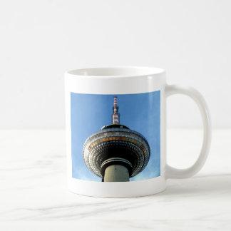 objetivo de la torre de Berlín Televison al cielo Tazas