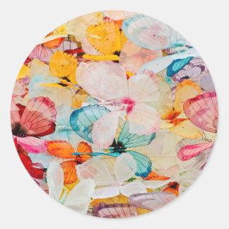 Objeto expuesto de la mariposa pegatina redonda