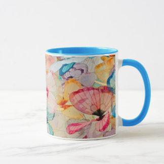 Objeto expuesto de la mariposa taza