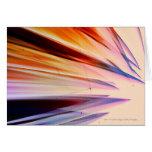Objetos abstractos coloridos contra blanco tarjetas