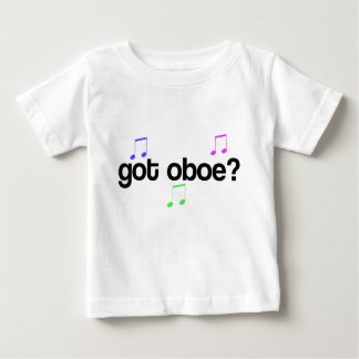 Oboe conseguido embroma la camiseta de la música