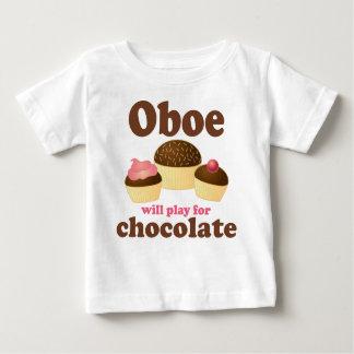 Oboe jugará para el chocolate playera de bebé