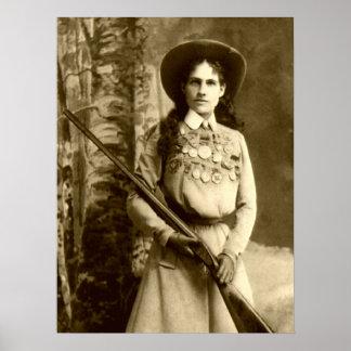 Obra clásica de Annie Oakley Póster