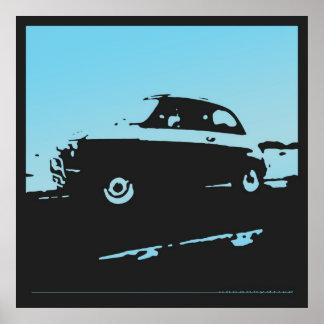 Obra clásica de Fiat 500 - azul clara en el poster