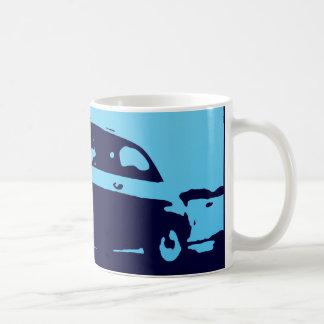 Obra clásica de Fiat 500 - azul del Lt en la taza
