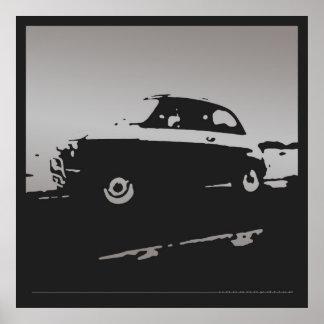 Obra clásica de Fiat 500 - plata en el poster negr