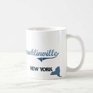 Obra clásica de Franklinville New York City Taza Básica Blanca